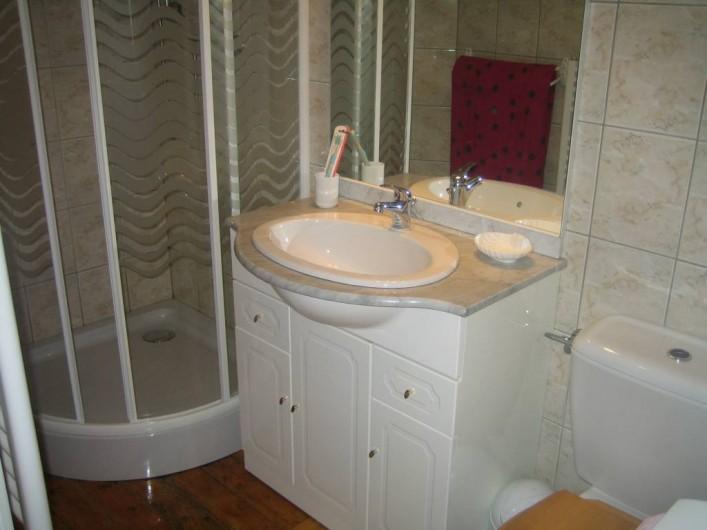 Location de vacances - Villa à Sondernach - salle d'eau 1er étage