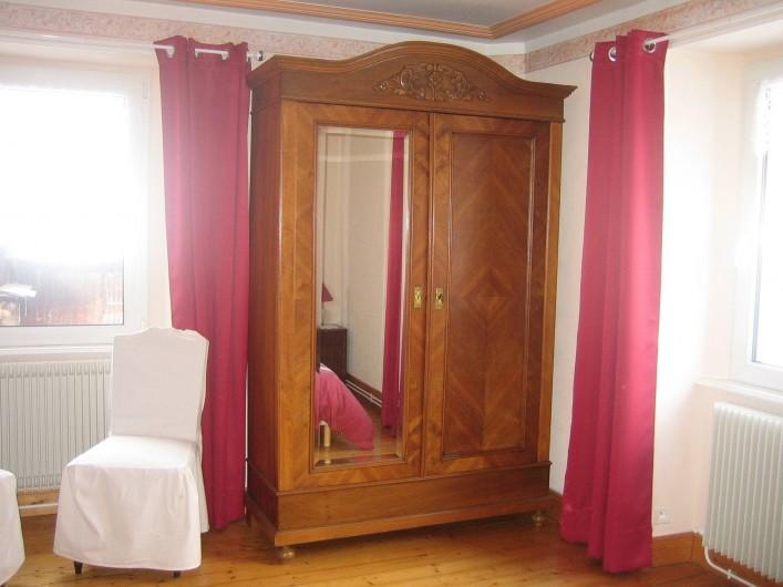 Location de vacances - Villa à Sondernach - armoire de la chambre dortoir
