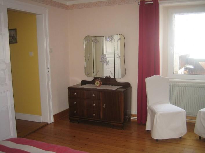 Location de vacances - Villa à Sondernach - commode chambre dortoir