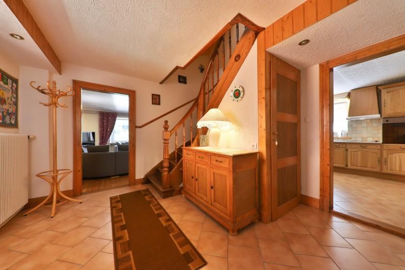 Location de vacances - Villa à Sondernach - salon avec télé grand écran plat