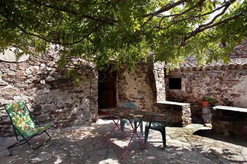 Location de vacances - Gîte à Cros - terrasse gîte