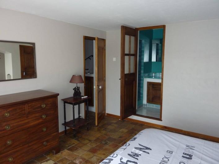 Location de vacances - Chambre d'hôtes à Bargemon - Chambre 2 sous autre angle