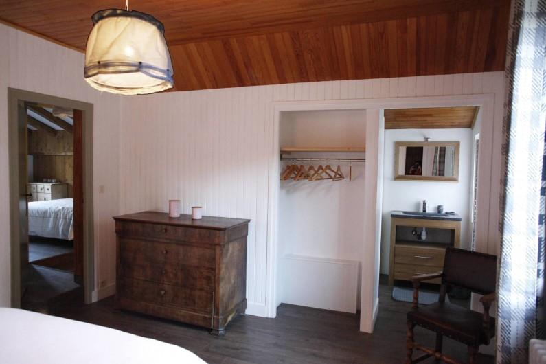 Location de vacances - Chalet à Samoëns - chambre 3 double avec sdb