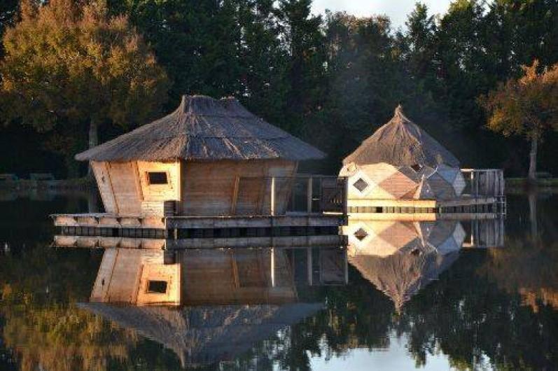 Location de vacances - Insolite à Pressac - Cabanes Flottantes au petit matin