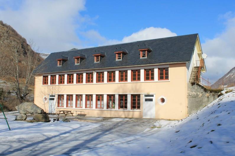 """Location de vacances - Gîte à Estaing - Gite """"La Pause"""" sous la neige"""