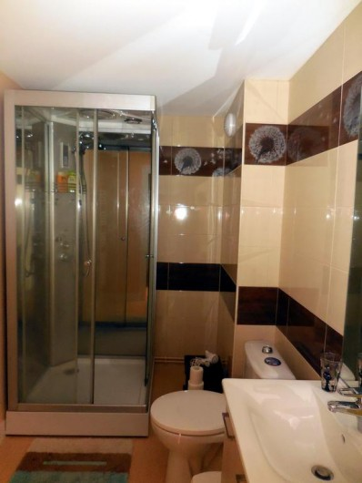 Location de vacances - Chambre d'hôtes à Laruscade - Salle de bains Aéronaute
