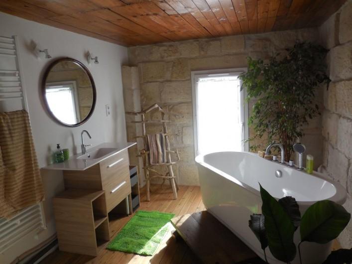 Location de vacances - Chambre d'hôtes à Laruscade - Salle de bains Canopée