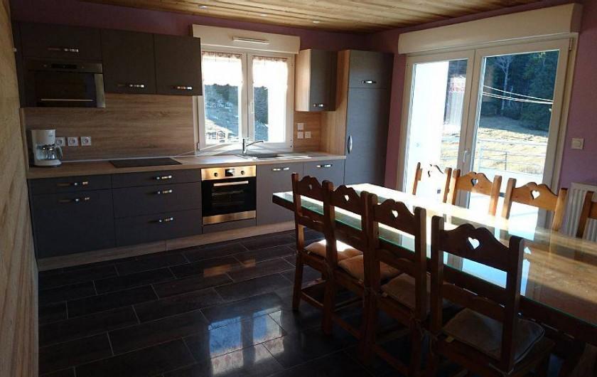 Location de vacances - Appartement à Les Rousses - Cuisine ouverte sur le séjour