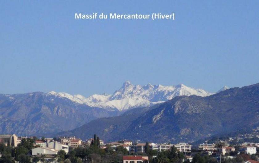 Location de vacances - Appartement à Nice - Les sommets des Alpes du sud vus du balcon du salon