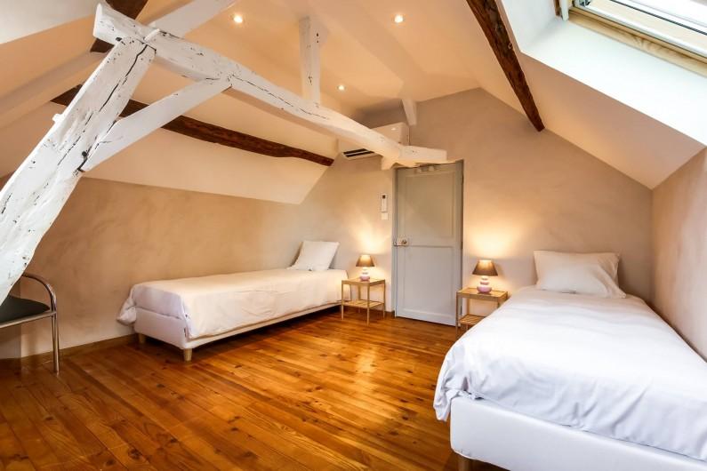 Location de vacances - Gîte à Saint-Benoît-sur-Loire - La chambre étage droite sur rue avec 2 lits simples ou 1 lit double