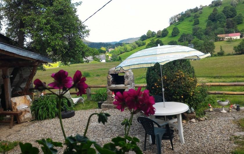 Location de vacances - Gîte à Orbey - Vu du salon/salle à manger.
