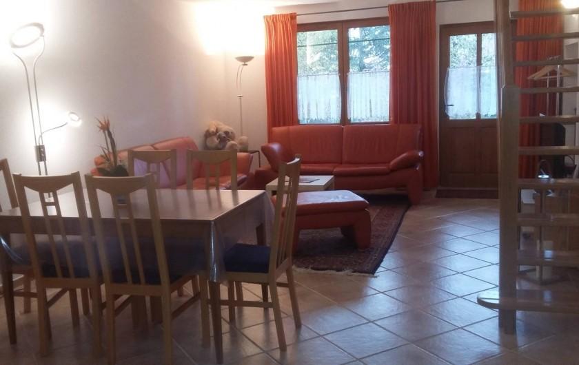 Location de vacances - Gîte à Louhans - dining + livingroom