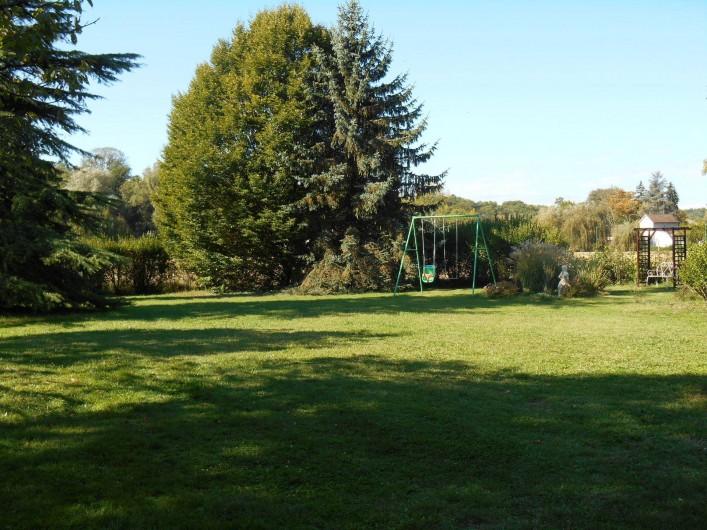 Location de vacances - Gîte à Saint-Vincent-sur-l'Isle - Le parc