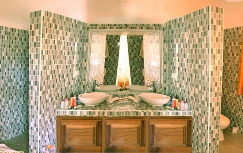 Location de vacances - Villa à Saly - 2 salles de douches - 3 wc dans la villa