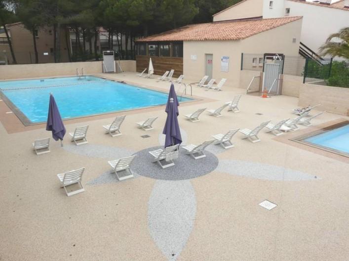 Location de vacances - Studio à Le Cap d'Agde - La piscine (gratuit)