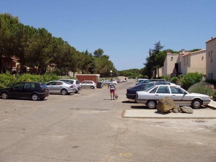 Location de vacances - Studio à Le Cap d'Agde - Le parking fermé