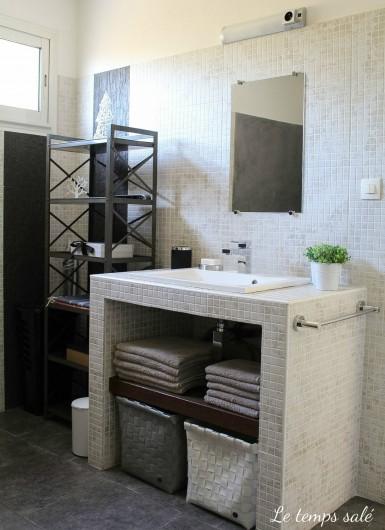 Location de vacances - Maison - Villa à Etang-Salé les Hauts - sdb avec douche italienne