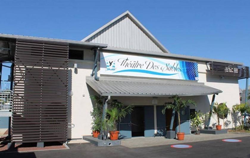 Location de vacances - Maison - Villa à Etang-Salé les Hauts - Théâtre à 3 mn à pieds du logement