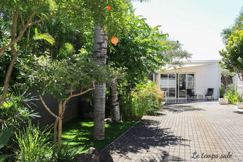 Location de vacances - Maison - Villa à Etang-Salé les Hauts - Entrée / emplacement véhicules