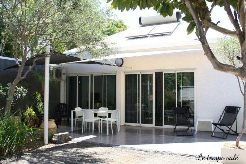 Location de vacances - Maison - Villa à Etang-Salé les Hauts - Terrasse ombragée de 20 m2