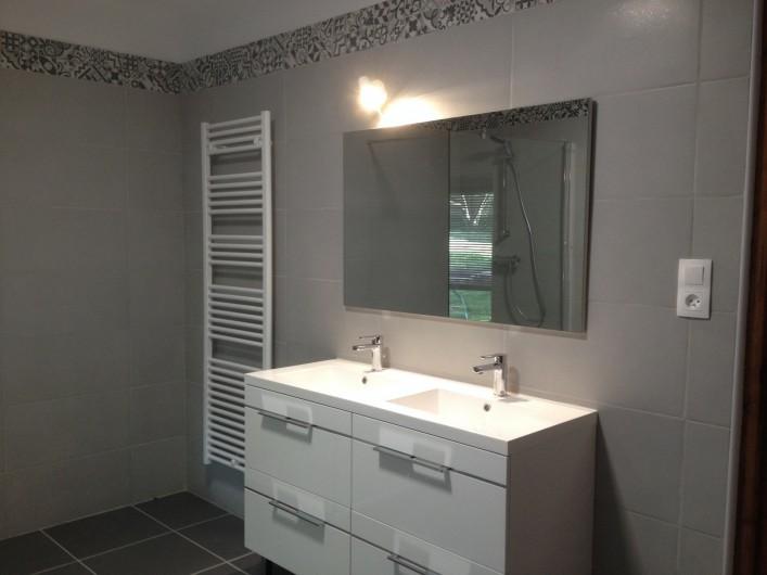 Location de vacances - Villa à Pléneuf-Val-André - Salle de bain