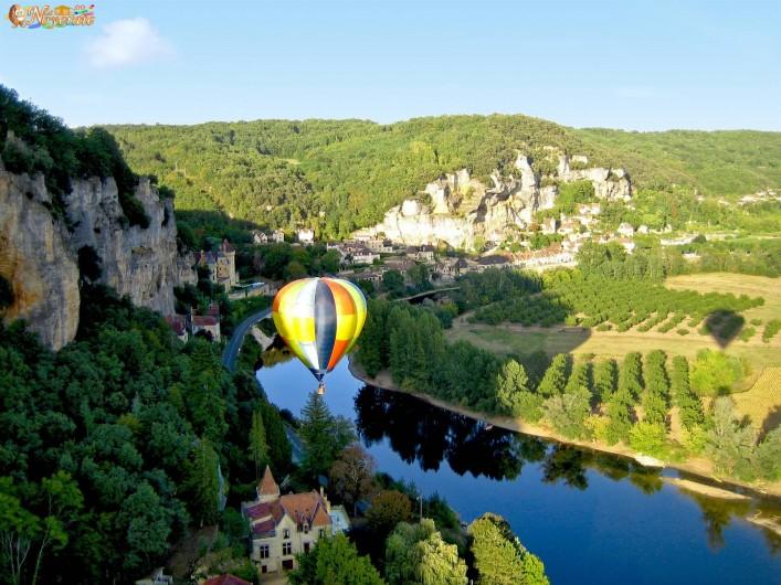 Location de vacances - Chalet à Sarlat-la-Canéda - A découvrir à proximité : Sarlat, Lascaux, Domme, Beynac et Cazenac