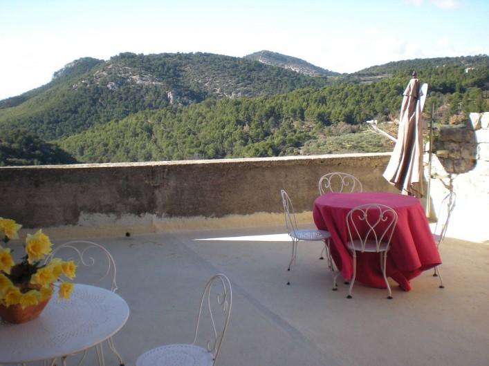 Location de vacances - Villa à Le Barroux - La terrasse les collines du contât Venaissin..