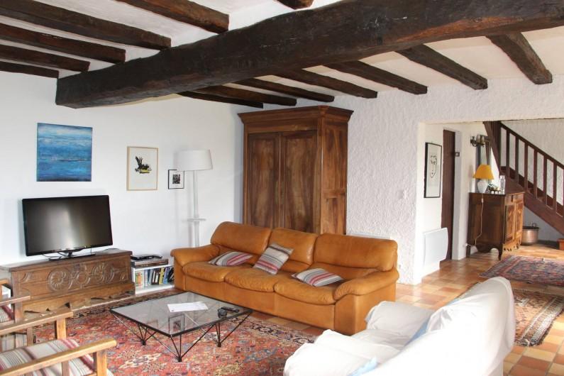 Location de vacances - Maison - Villa à Verrue - Vue de l'entrée depuis le salon