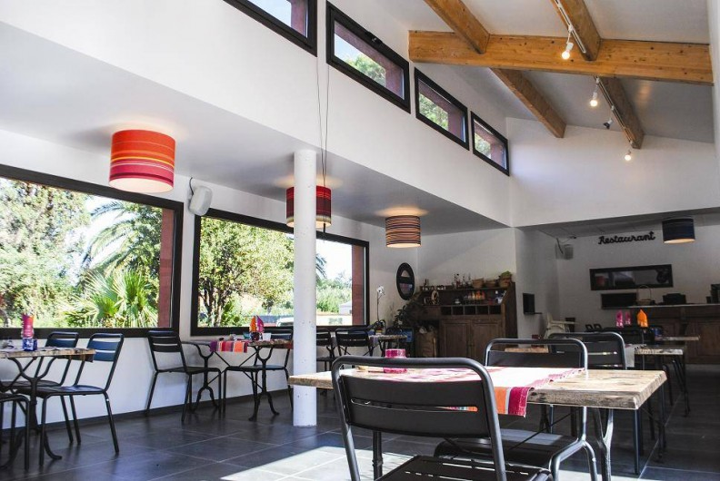Location de vacances - Bungalow - Mobilhome à Palau-del-Vidre - Restaurant