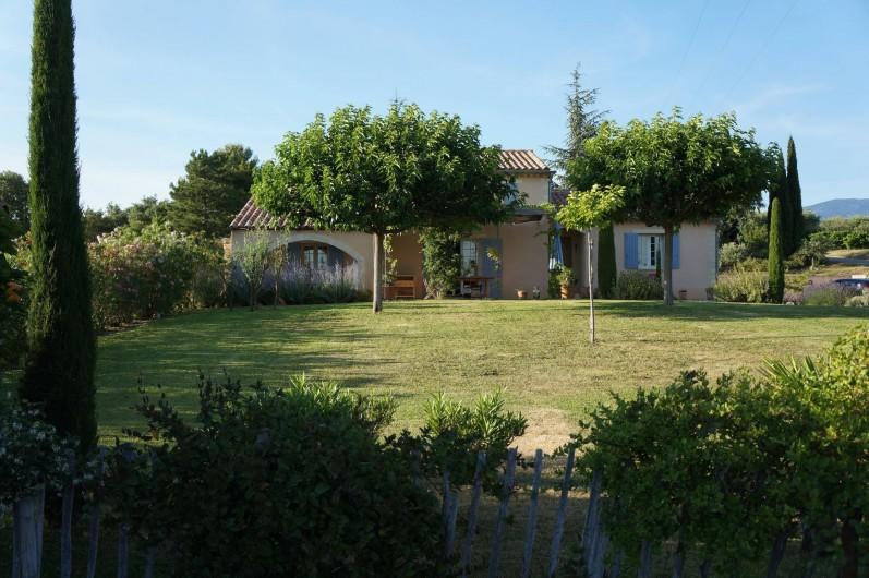 Location de vacances - Villa à Saint-Pierre-de-Vassols - Villa plein Sud
