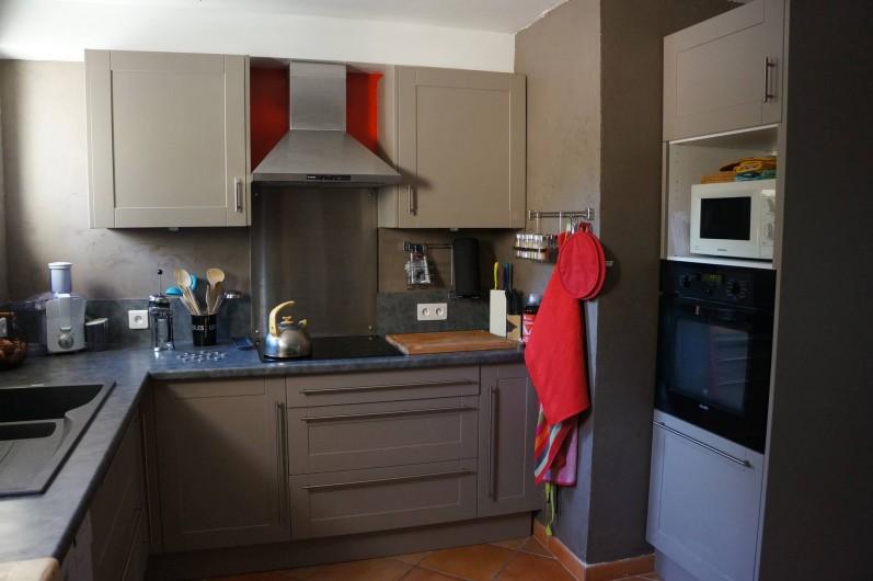 Location de vacances - Villa à Saint-Pierre-de-Vassols - cuisine