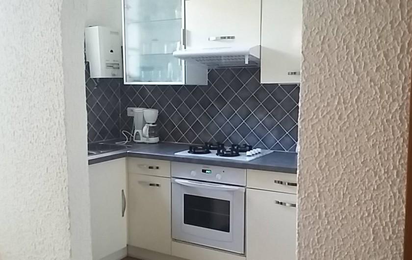 Location de vacances - Villa à Arcachon - cuisine appartement bas