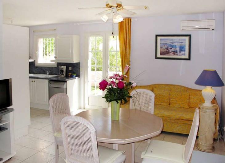 Location de vacances - Appartement à Cogolin