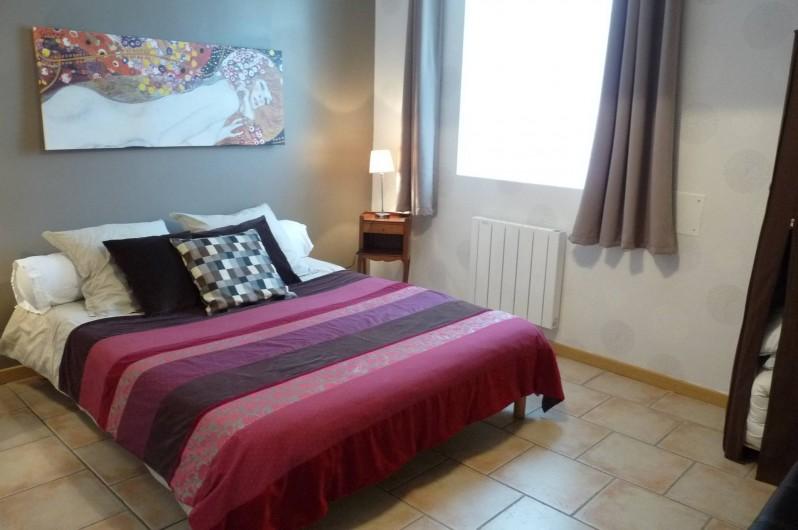 Location de vacances - Chambre d'hôtes à Dissay-Sous-Courcillon - chambre : grand appartement 70m2 avec la piéce attenante