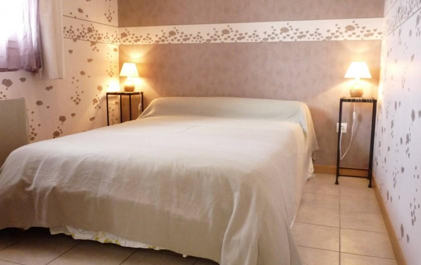 Location de vacances - Chambre d'hôtes à Dissay-Sous-Courcillon - chambre chalet 35 m2 avec sa pièce attenante