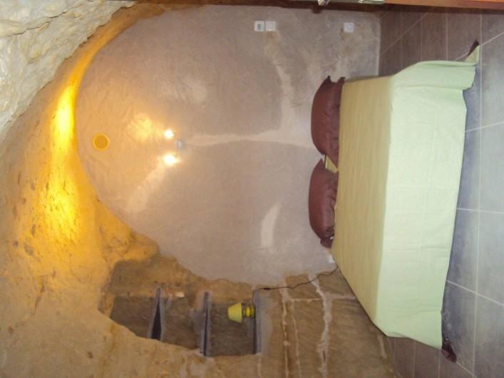 Location de vacances - Gîte à Dénezé-sous-Doué - chambre N °1 lit 2 personnes  literie neuve