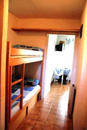 Location de vacances - Appartement à Cerbère - la cabine avec les lits superposés
