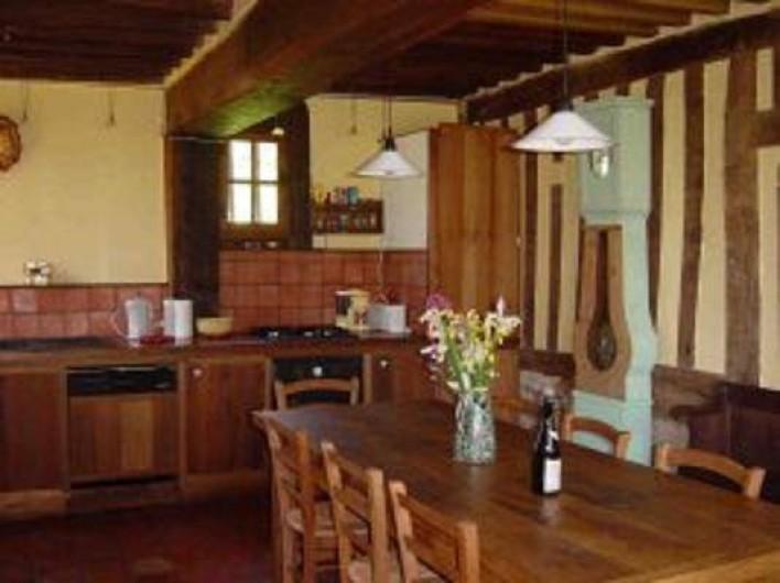 Location de vacances - Gîte à Saint-Georges-en-Auge - Salle à manger et cuisine