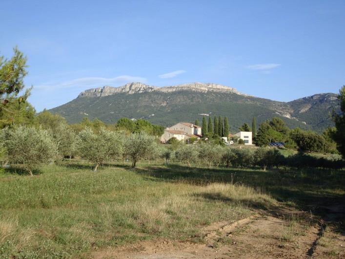 Location de vacances - Chambre d'hôtes à Trets - Coté Monts Aurélien