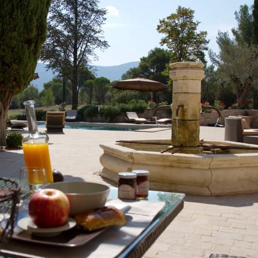 Location de vacances - Chambre d'hôtes à Trets - Coté petits déjeuners