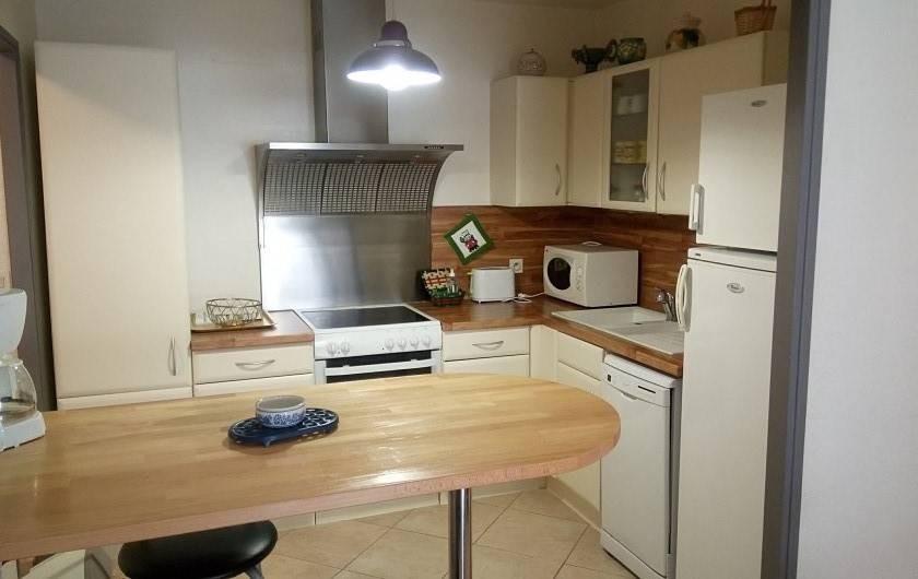 Location de vacances - Appartement à Sanary-sur-Mer - Cuisine américaine