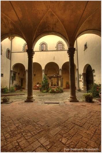 Location de vacances - Villa à Santa Brigida - Castle courtyard