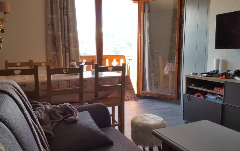 Location de vacances - Appartement à Valmeinier 1800 - Séjour vue d 'ensemble