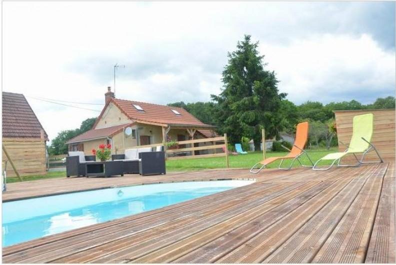 Location de vacances - Maison - Villa à Savigny-Poil-Fol - piscine chauffée par dôme