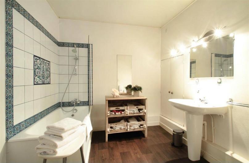Location de vacances - Hôtel - Auberge à Morlaix - Salle de bain Junior Suite 229