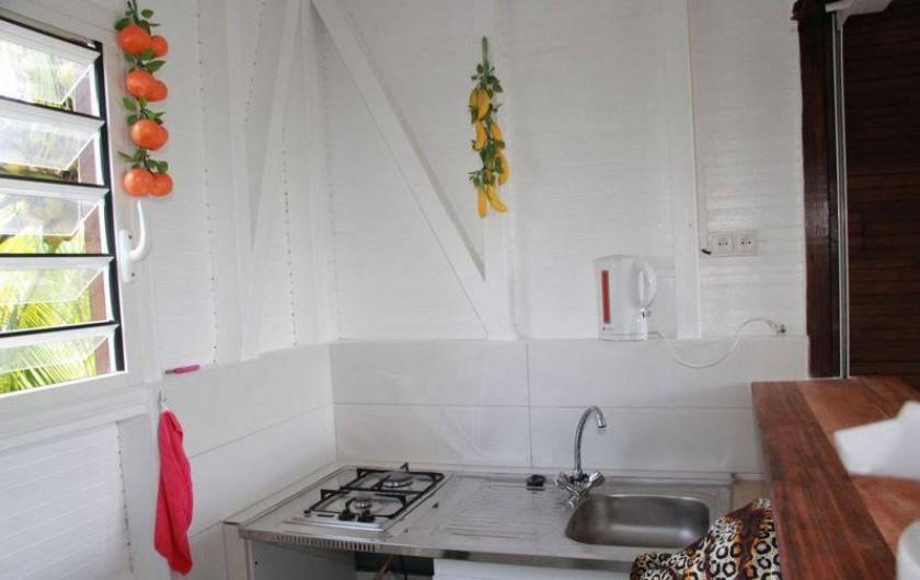 Location de vacances - Bungalow - Mobilhome à Rivière-Salée - Cuisine kitchenette