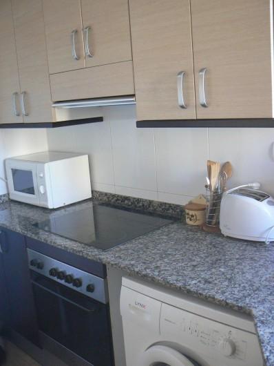 Location de vacances - Appartement à Sant Carles de la Ràpita - Cuisine, détail.