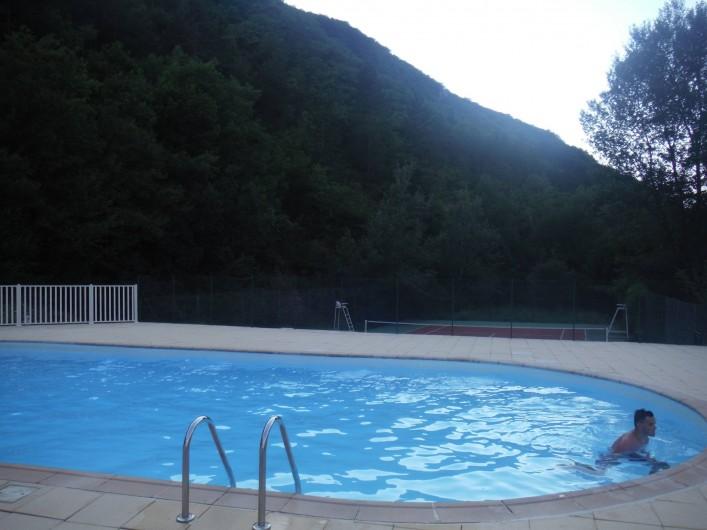 Location de vacances - Appartement à Digne-les-Bains - Piscine de la résidence !