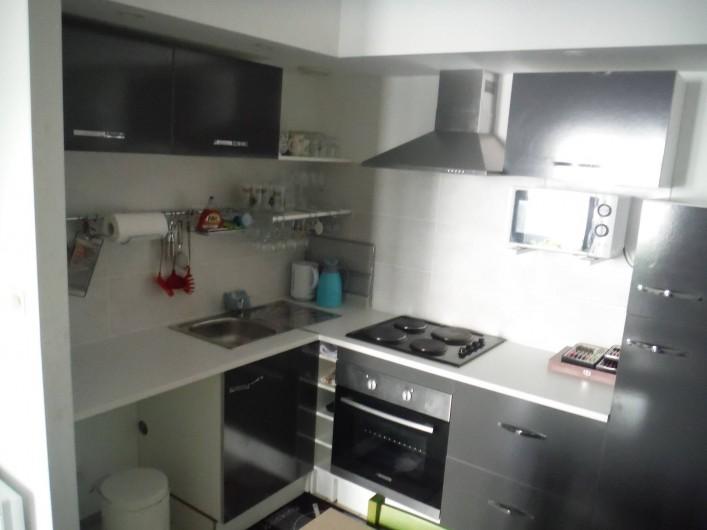 Location de vacances - Appartement à Digne-les-Bains - Cuisine, avec maintenant une machine à laver!