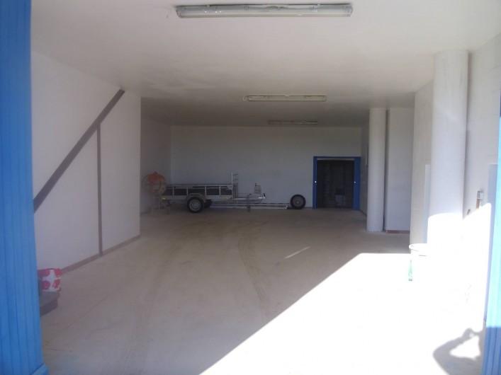 Location de vacances - Mas à Capestang - GARAGE 120 M2